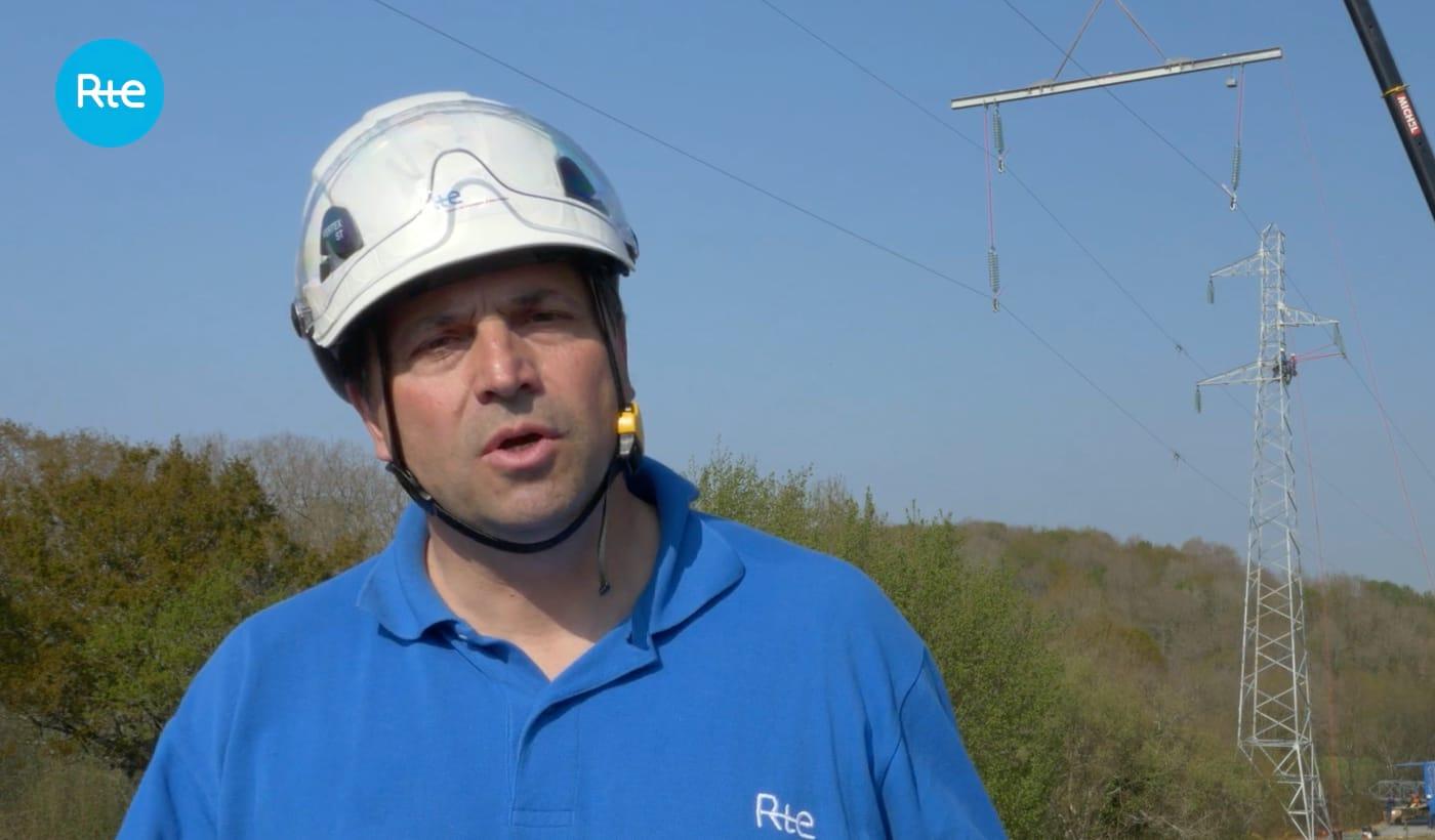 Vidéo de suivi de chantier - RTE changement de pylône sous tension